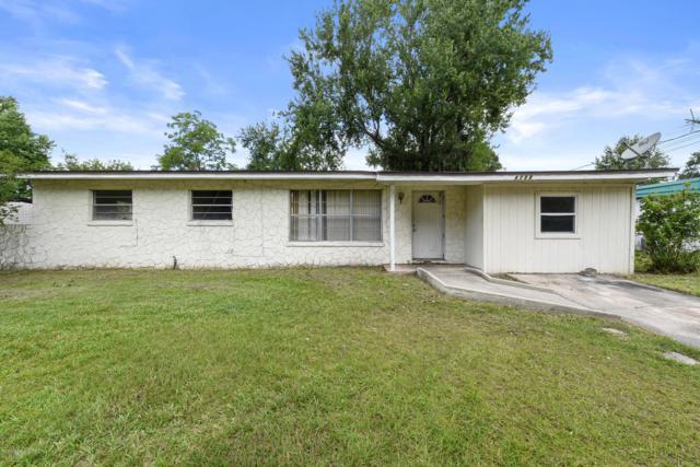 8588 Darlington Dr, Jacksonville, FL 32208 (MLS #1001404) :: The Hanley Home Team