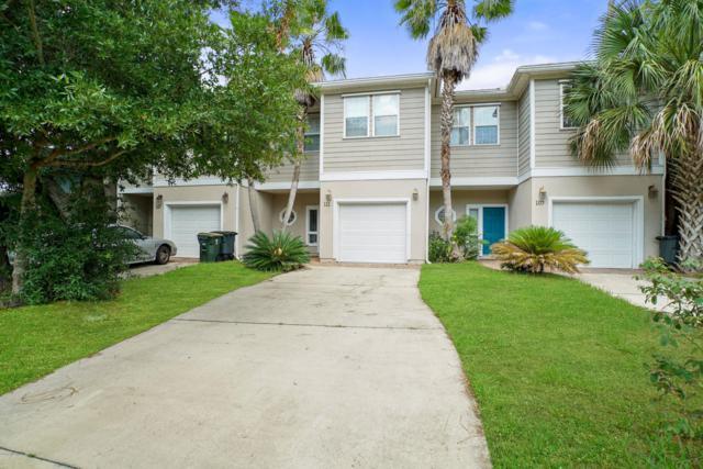 111 Sylvan Dr, Atlantic Beach, FL 32233 (MLS #1001669) :: Young & Volen | Ponte Vedra Club Realty