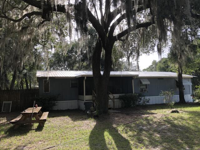 131 Indian Trl, Florahome, FL 32140 (MLS #1002472) :: Ancient City Real Estate