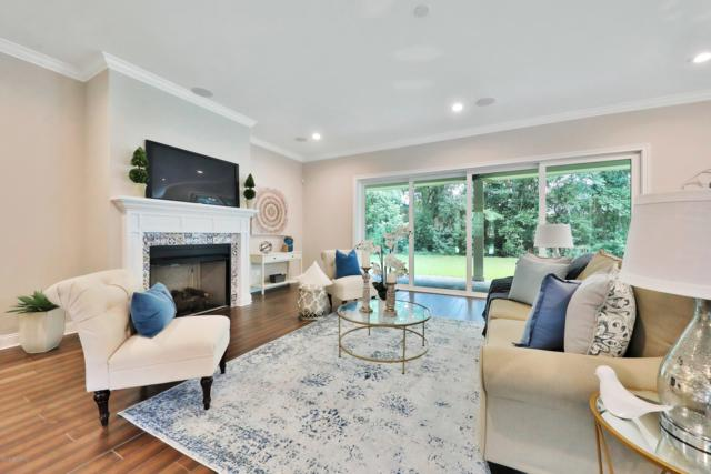 1032 Oriental Gardens Rd, Jacksonville, FL 32207 (MLS #1002637) :: The Hanley Home Team