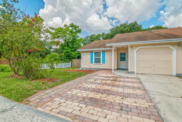 2660 Hidden Village Dr, Jacksonville, FL 32216 (MLS #1002865) :: The Hanley Home Team