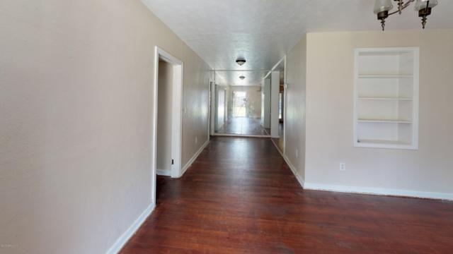8332 Paul Jones Dr, Jacksonville, FL 32208 (MLS #1003717) :: Berkshire Hathaway HomeServices Chaplin Williams Realty
