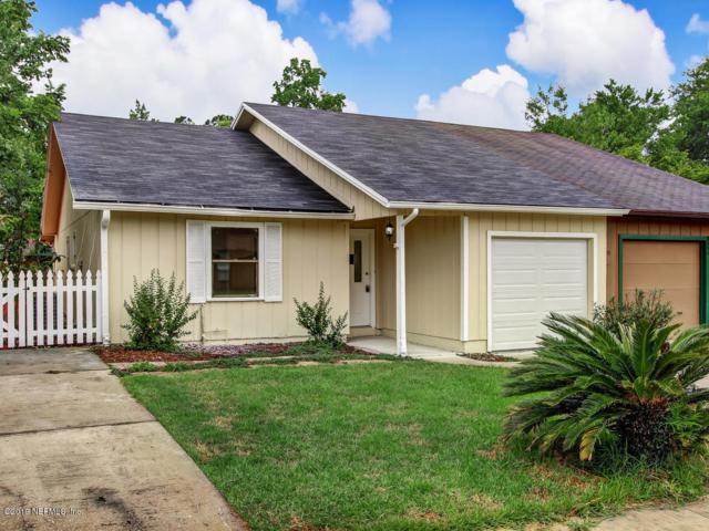 8858 Cavender Dr, Jacksonville, FL 32216 (MLS #1004336) :: The Hanley Home Team