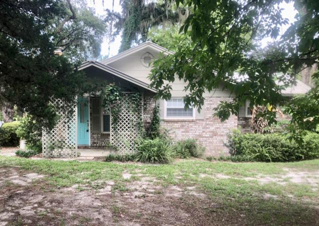 1301 President St, Palatka, FL 32177 (MLS #1004379) :: The Hanley Home Team