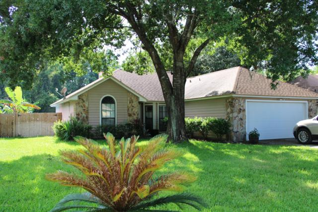 1586 N Crabapple Cove Ct, Jacksonville, FL 32225 (MLS #1004649) :: Ancient City Real Estate