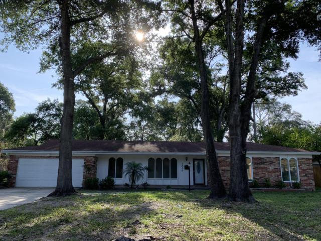 3430 Red Oak Cir, Orange Park, FL 32073 (MLS #1004660) :: The Hanley Home Team