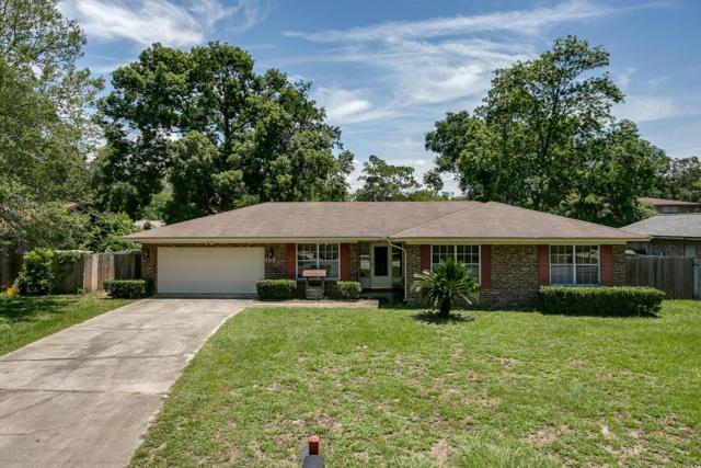 157 Vanderford Rd W, Orange Park, FL 32073 (MLS #1004736) :: The Hanley Home Team
