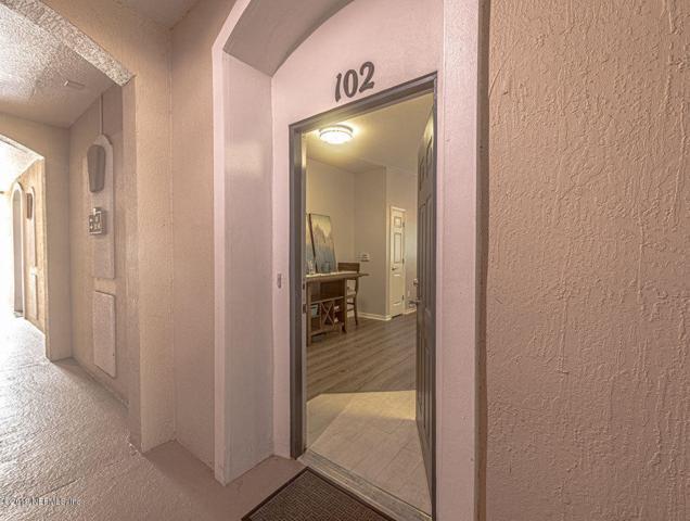 13364 Beach Blvd #102, Jacksonville, FL 32224 (MLS #1004974) :: EXIT Real Estate Gallery
