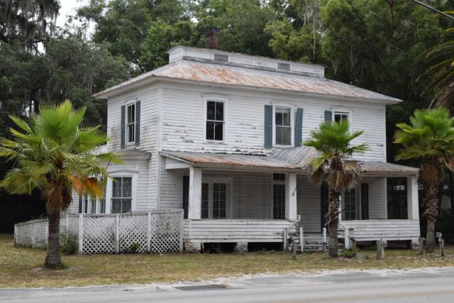 690 3RD Ave, Welaka, FL 32193 (MLS #1004980) :: The Hanley Home Team