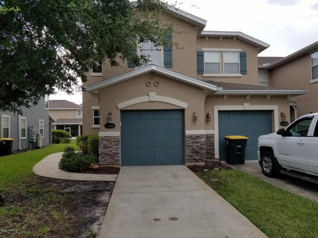 2366 Red Moon Dr, Jacksonville, FL 32216 (MLS #1005594) :: The Hanley Home Team