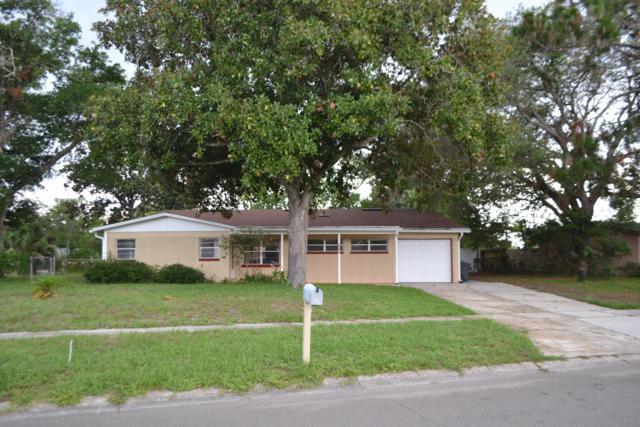 424 Oceanwood Dr, Neptune Beach, FL 32266 (MLS #1007293) :: The Hanley Home Team