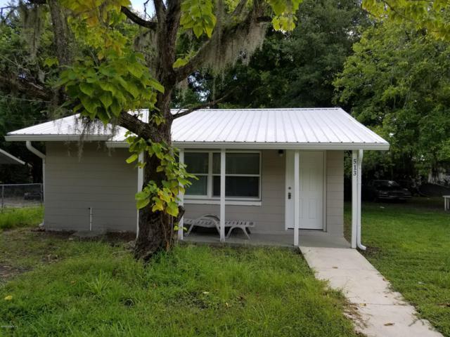 513 N 11TH St, Palatka, FL 32177 (MLS #1007562) :: Noah Bailey Group