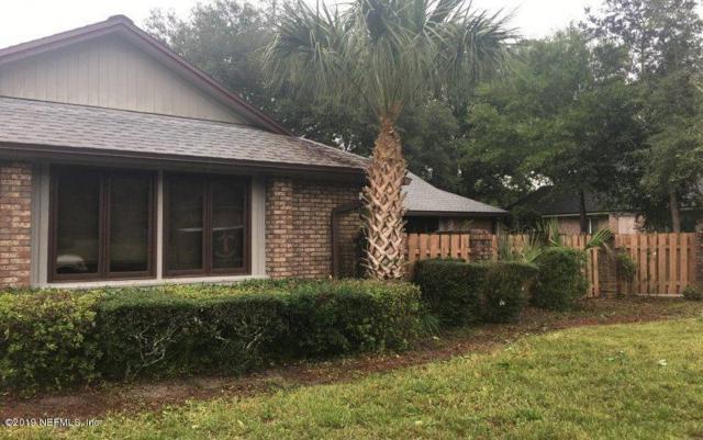 8275 Riding Club Rd, Jacksonville, FL 32256 (MLS #1008754) :: The Hanley Home Team