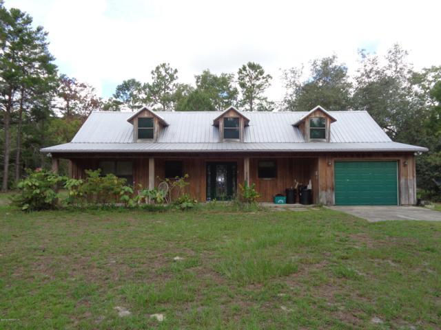 408 Sleepy Hollow Dr, Interlachen, FL 32148 (MLS #1008840) :: Ancient City Real Estate