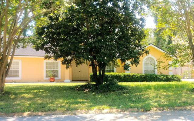 1233 Shallowford Dr E, Jacksonville, FL 32225 (MLS #1010061) :: Ancient City Real Estate