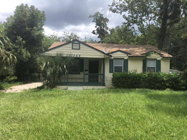 7069 Alan Ave, Jacksonville, FL 32208 (MLS #1010092) :: The Hanley Home Team