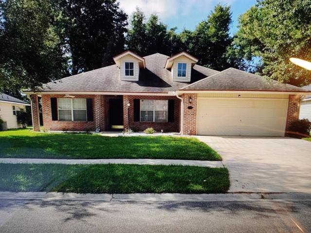 4047 Edgeland Trl, Middleburg, FL 32068 (MLS #1013755) :: The Hanley Home Team