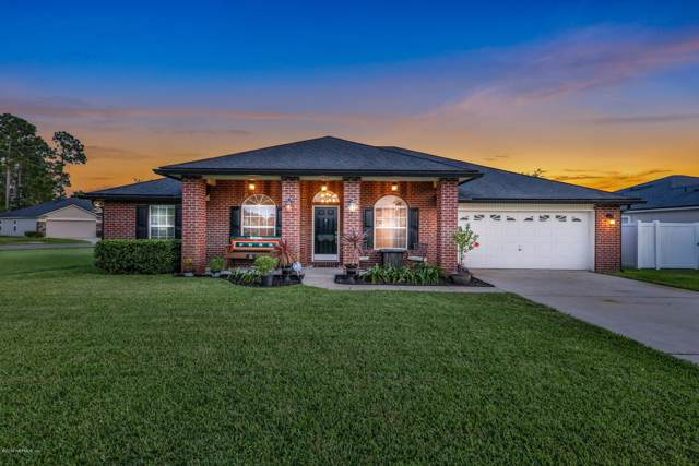 3951 White Pelican Way, Middleburg, FL 32068 (MLS #1014839) :: The Hanley Home Team