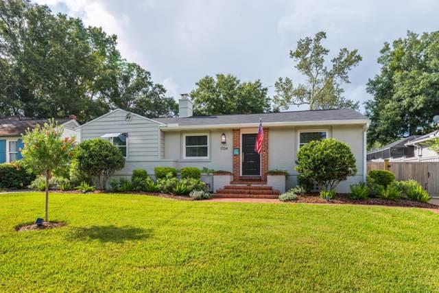 1704 Brookwood Rd, Jacksonville, FL 32207 (MLS #1015353) :: The Hanley Home Team