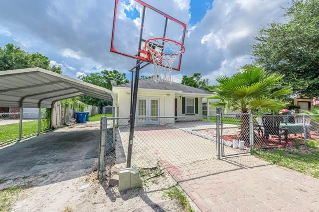 8136 Free Ave, Jacksonville, FL 32211 (MLS #1015519) :: Berkshire Hathaway HomeServices Chaplin Williams Realty