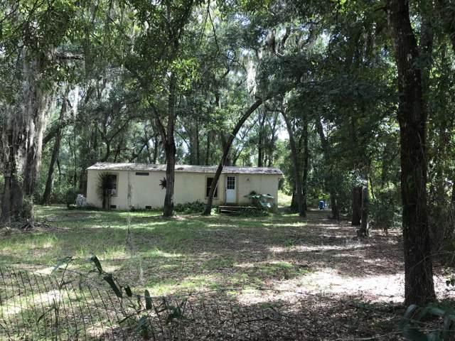 712 Neilsen Ave, Interlachen, FL 32148 (MLS #1015727) :: Berkshire Hathaway HomeServices Chaplin Williams Realty