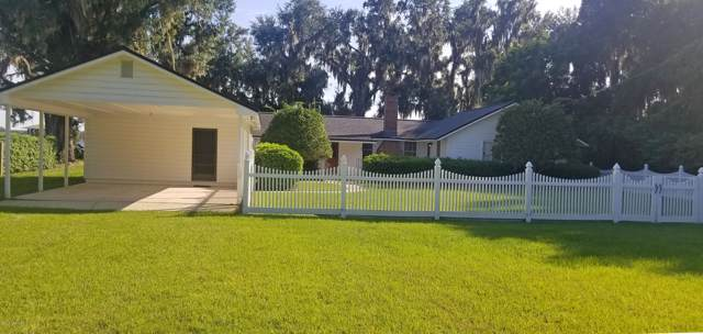 8221 Hall Ln, St Augustine, FL 32092 (MLS #1016153) :: The Hanley Home Team