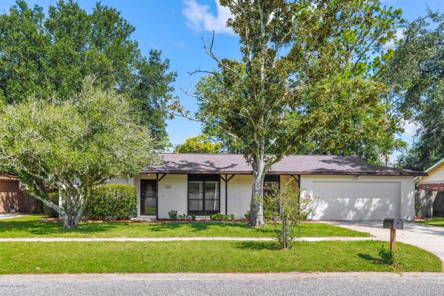 923 Grove Park Dr, Orange Park, FL 32073 (MLS #1018233) :: Noah Bailey Group