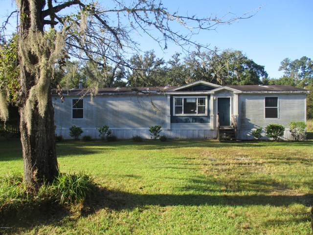 4135 Saunders Dr, Middleburg, FL 32068 (MLS #1018654) :: The Hanley Home Team