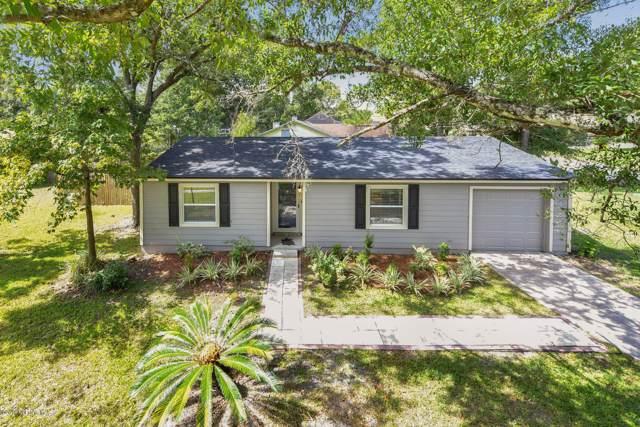 11608 Gwynford Ln, Jacksonville, FL 32223 (MLS #1019299) :: The Hanley Home Team