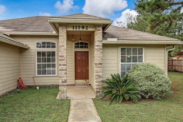 11792 Painted Desert Way, Jacksonville, FL 32218 (MLS #1019643) :: The Hanley Home Team