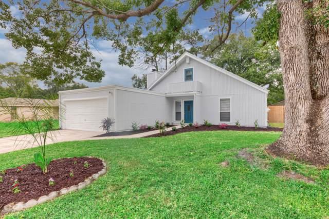 3353 Waverly Dock Rd, Jacksonville, FL 32223 (MLS #1021535) :: Memory Hopkins Real Estate