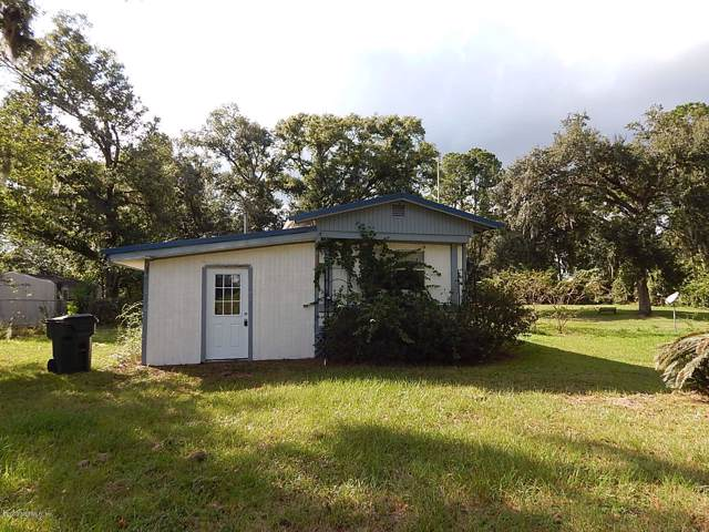 207 Trisail Ave, Palatka, FL 32177 (MLS #1023802) :: The Every Corner Team | RE/MAX Watermarke
