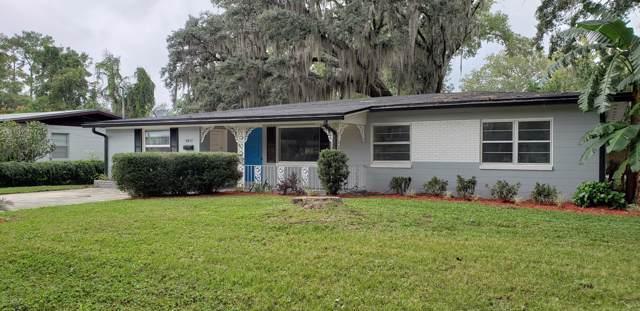 5817 Cedar Oaks Dr, Jacksonville, FL 32210 (MLS #1024040) :: The Hanley Home Team