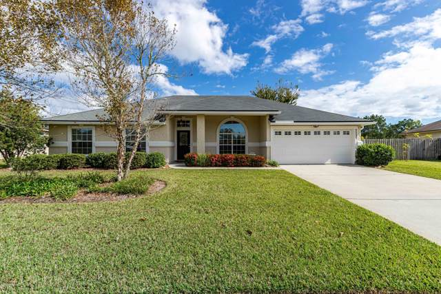 2557 Royal Pointe Dr, GREEN COVE SPRINGS, FL 32043 (MLS #1025185) :: The Hanley Home Team