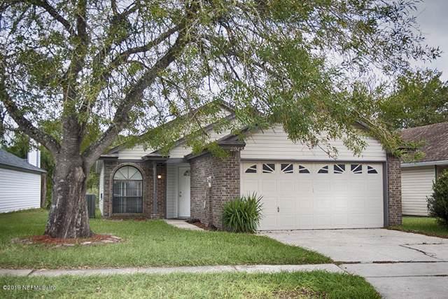 2945 Lantana Lakes Dr W, Jacksonville, FL 32246 (MLS #1025545) :: The Hanley Home Team