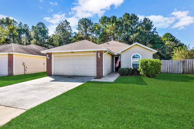 4343 Hanging Moss Dr, Orange Park, FL 32073 (MLS #1026212) :: EXIT Real Estate Gallery