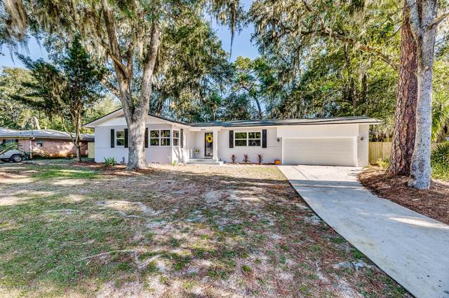 2631 Holly Point Rd W, Orange Park, FL 32073 (MLS #1026406) :: Memory Hopkins Real Estate