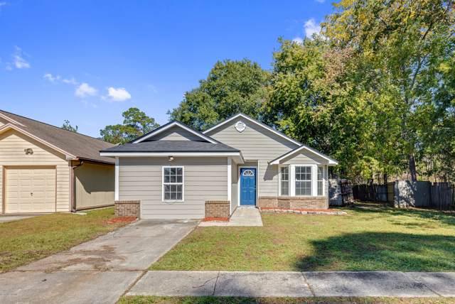 5501 Bennington Dr, Jacksonville, FL 32244 (MLS #1026409) :: Berkshire Hathaway HomeServices Chaplin Williams Realty