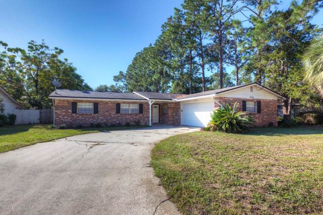 6322 Simca Dr, Jacksonville, FL 32277 (MLS #1026450) :: Berkshire Hathaway HomeServices Chaplin Williams Realty