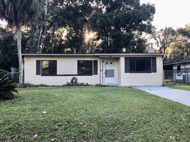 805 Cypress Ave, GREEN COVE SPRINGS, FL 32043 (MLS #1029429) :: Oceanic Properties