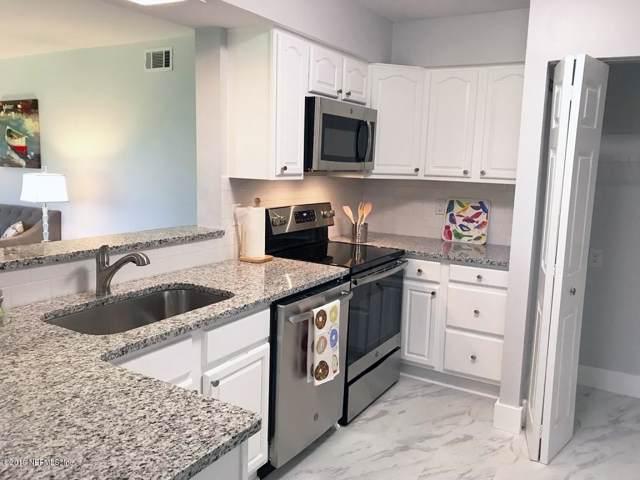7945 Los Robles Ct, Jacksonville, FL 32256 (MLS #1032934) :: The Volen Group | Keller Williams Realty, Atlantic Partners