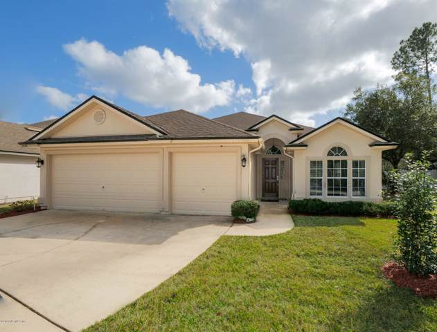1422 W Chinaberry Ct, St Johns, FL 32259 (MLS #1033301) :: The Hanley Home Team