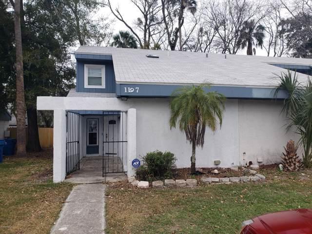 1197 Songbird Ln, Jacksonville, FL 32233 (MLS #1034453) :: The Hanley Home Team