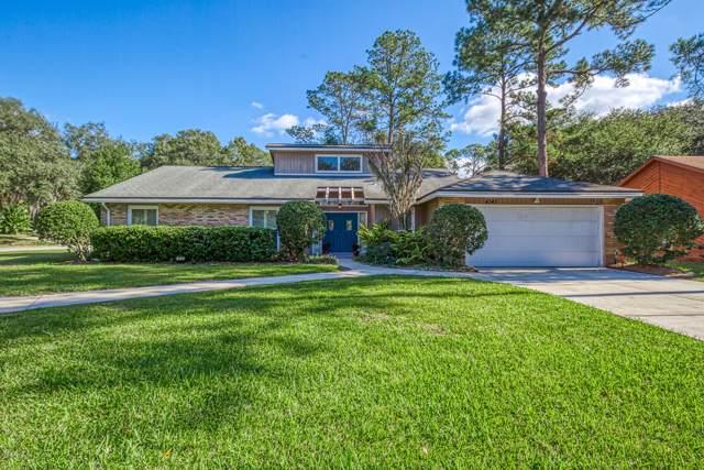 4343 Springmoor Dr, Jacksonville, FL 32225 (MLS #1034792) :: The Hanley Home Team