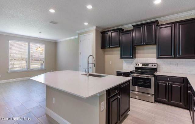 3825 Featherstone Ct, Middleburg, FL 32068 (MLS #1034976) :: Noah Bailey Group