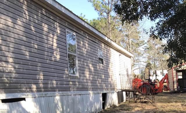 203 Lake Lucy Ct, Interlachen, FL 32148 (MLS #1035255) :: Berkshire Hathaway HomeServices Chaplin Williams Realty