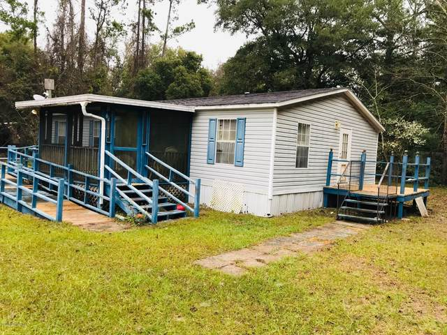 330 Milton Ave, Interlachen, FL 32148 (MLS #1037906) :: 97Park