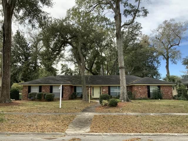 9448 Wexford Rd, Jacksonville, FL 32257 (MLS #1038237) :: Berkshire Hathaway HomeServices Chaplin Williams Realty