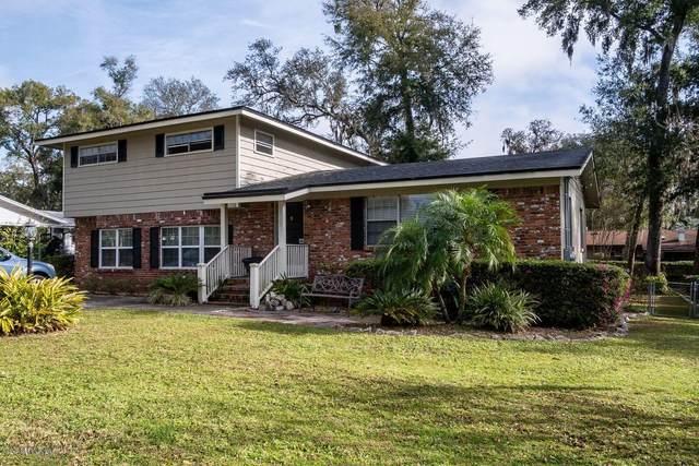 2865 Woodland Dr, Orange Park, FL 32073 (MLS #1038538) :: The Hanley Home Team