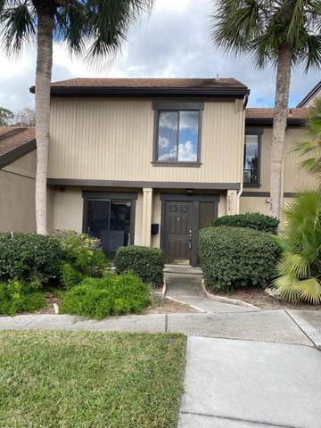 7673 Las Palmas Way #204, Jacksonville, FL 32256 (MLS #1038733) :: The DJ & Lindsey Team